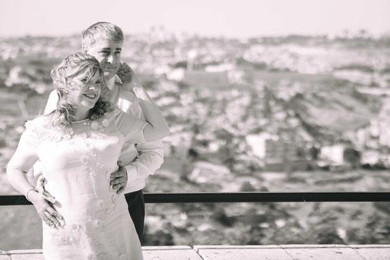 מצפה עולמיא - צילומי זוגיות של ג'ון ואלגרה