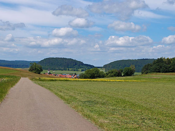Landschaftsaufnahme von Sonnenbühl-Willmandingen auf der Schwäbischen Alb