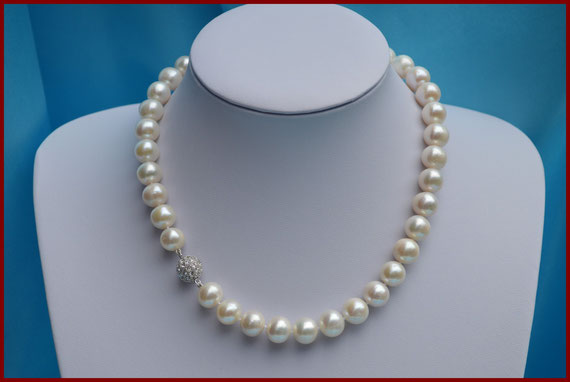 Collier de perles rondes blanches de 12 mm