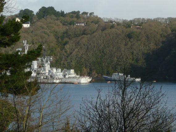 Cimetière de bateaux de la Marine Nationale à Landevennec