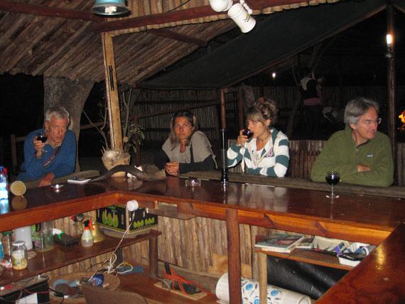 aperitivo con gli amici Flavio e Paolo