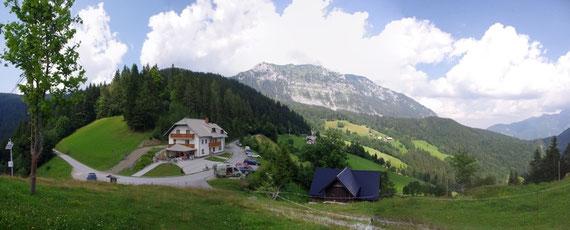 L'hôtel vu de la chapelle
