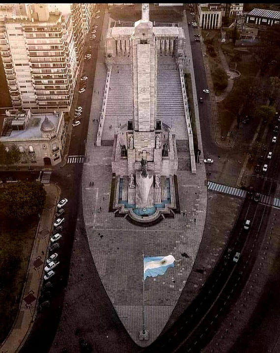 Vista aérea del Monumento a la Bandera en Rosario.