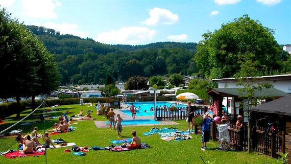 Badespaß für Groß und Klein verspricht auch in diesem Sommer das Odersbacher Schwimmbad.