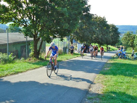 """Der Anstieg auf der Odersbacher Straße """"Zum Kissel"""" ist bei jeder Etappe zu bewältigen."""