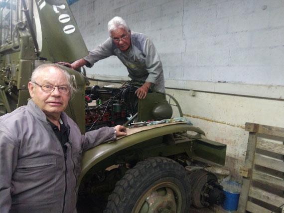 Nos chefs de garage à l'ouvrage