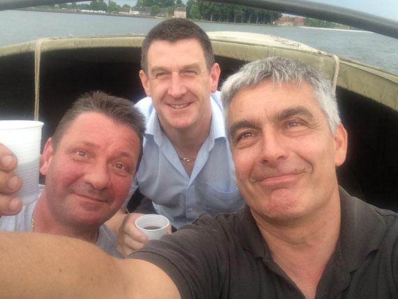 Le Vice-Président AFCVM Olivier, Fred et John ont représenté l'AFCVM