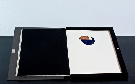 il cofanetto contenente il quaderno