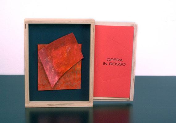 contenitopre-espositore con cassetto laterale per l'estrazione del libro