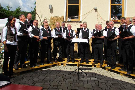 Serenade des MGV Gersdorf in Entenberg 2016