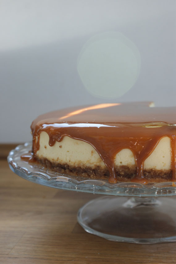 New York Style Cheesecake mit Karamell