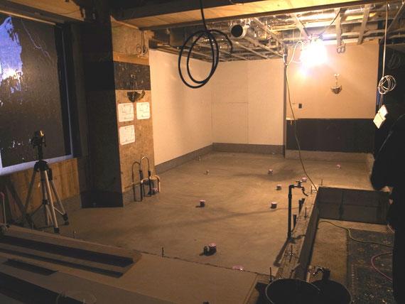 ラス パパス改装工事の様子:床下の配管工事完了