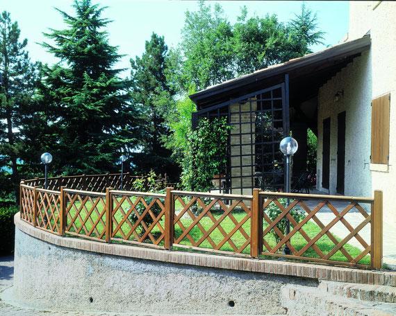 Arredo Giardino Strutture in Legno Cancelli e Staccionate