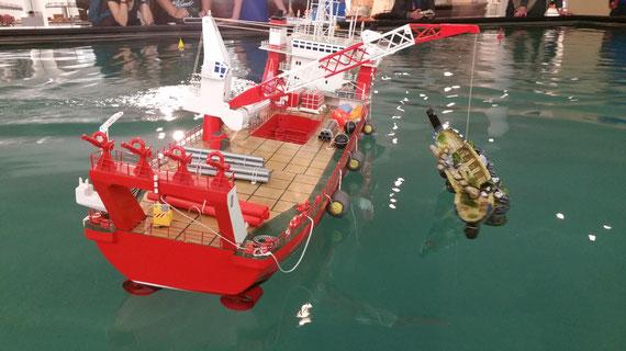 Heben des Schiffwracks...