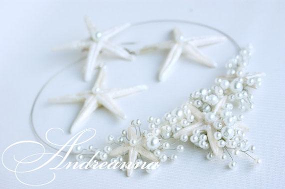 Колье и серьги с белыми, перламутровыми,  морскими звездами ручной работы (звезды могут быть любого желаемого цвета) стоимость колье 450 грн, серьги 200 грн.