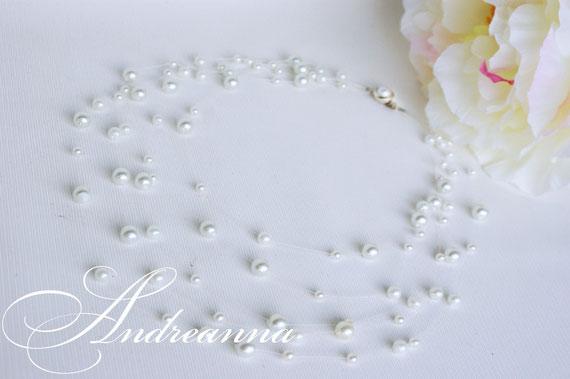 """Колье """"Жемчужный дождь"""", стоимость 300грн белое/серебро. (выполняется в любом цвете)"""