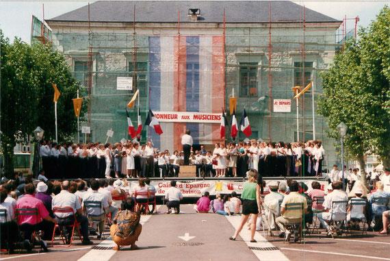 1989 - Festival de Musique : 35 sociétés, 2500 musiciens