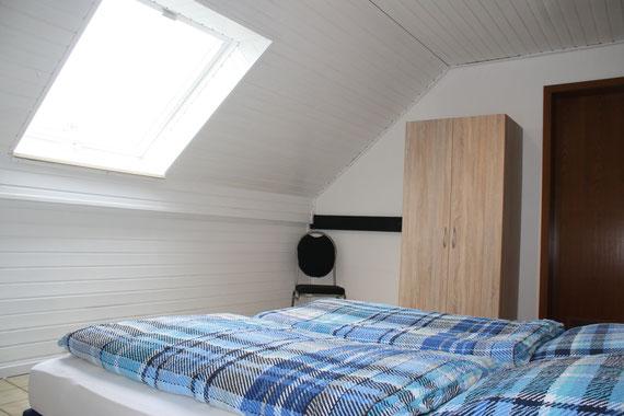 FeWo 4 - Schlafzimmer 1