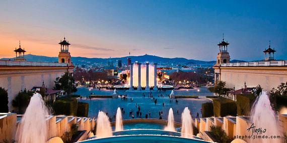 Panorama visto desde Montjuïc hacia la Plaza España