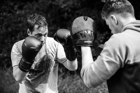 Cours de boxe et coaching sportif collectif ile de france  750016 -  95 - 92 - 75