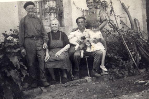 José Antonio,Hortensia,Angel,Ofelia y Mari (finales de los 60)