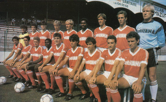 NIMES OLYMPIQUE 1986 - 1987