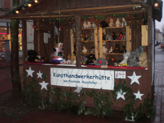 freaky.ducks auf dem Weihnachtsmarkt  Lister Meile im Dezember 2012