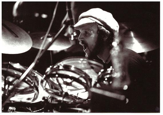 Holde Fee - Zeitraum LP Malaga - Reinhard Lewitzki (Drums)