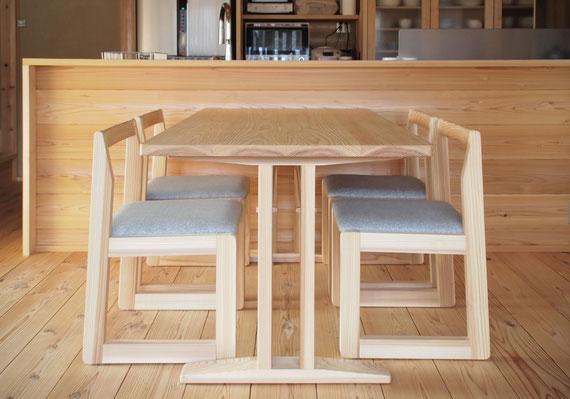 ダイニングテーブル -コミセンー