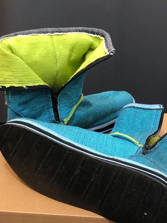 SoleRebels-Schuhe: die Sohlen sind aus recycelten Autoreifen hergestellt; die Produktion findet in Afrika unter fairen Bedingungen statt. Die Gründerin Bethlehem Tilahun Alemu hat schon viele Auszeichnungen für ihr Unternehmen erhalten.