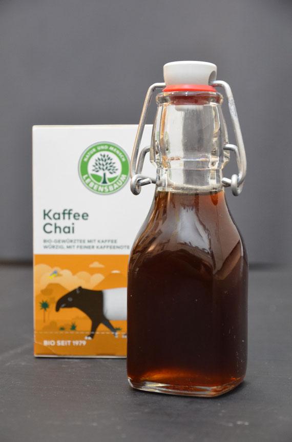 Kaffee-Chai-Sirup eignet sich in kleinen Flaschen abgefüllt auch perfekt als Geschenk.