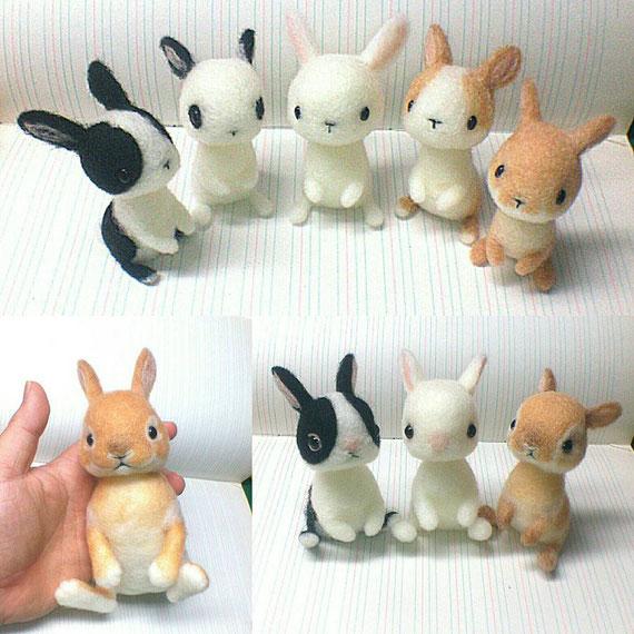 羊毛フェルトのたち耳ウサギ