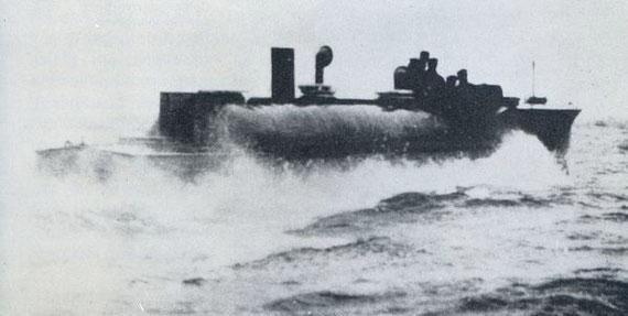 """Versuchsboot """"Lüsi 1""""/""""Liesel"""" – Bild aus Fock: """"Schnellboote Bd. 1"""""""