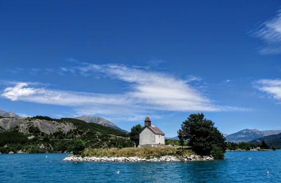 La Chapelle au milieu de la Baie Saint Michel