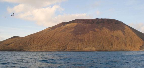 Montaña Amarilla vista desde el mar