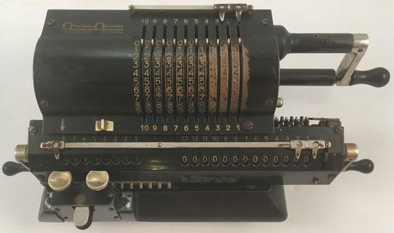 ORIGINAL ODHNER modelo 27, s/n 27-530707, año 1948, 35x15x12 cm