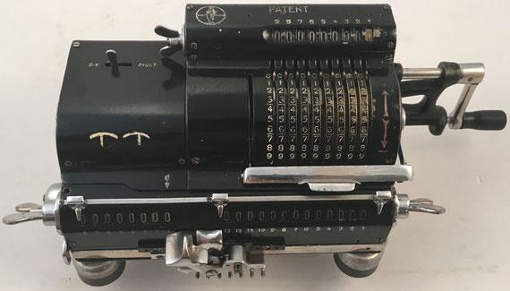 TRIUMPHATOR modelo C, s/n 41979, Alleinige Fabrikanten, Triumphatom-Werk, Mölkau bei Leipzig, año 1908, 33x15x13 cm