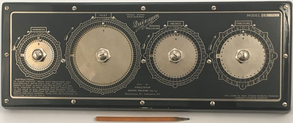 QUIXSUM Adder Machine model C, patentado por Joseph F. Leitner el 10/06/1924, fabricado por Precision Adding Machine Company Inc. en Providence (Rhode Island, USA), año 1924, s/n 2848, 41x15 cm