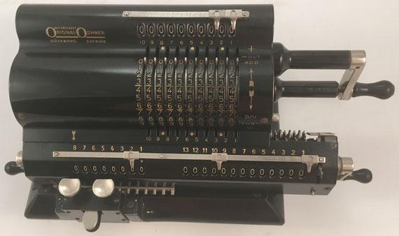 ORIGINAL ODHNER modelo 39, s/n 39-252882, año 1939, 36x15x14 cm