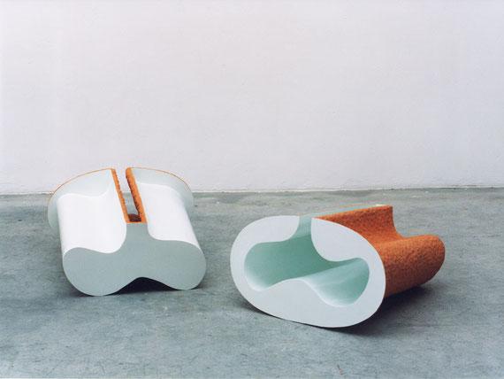 o. T., 1998, Steinzeugton, Pigment, Binder, 37x66x64cm (zweiteilig)