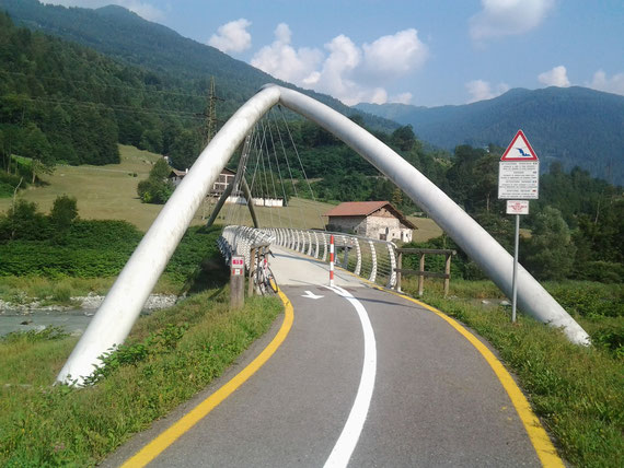 ponte ciclabile  Tione val  rendena