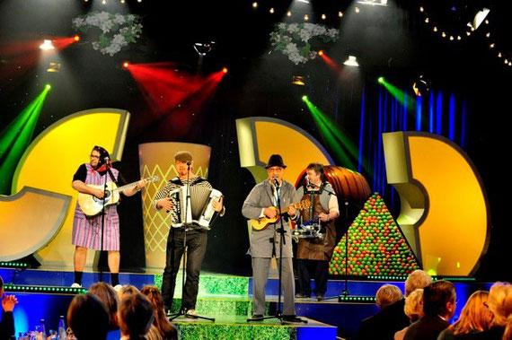 Die Hannebambelbrothers live im Hessenfernsehen beim Apfelweinfest 2010 (v.l.n.r.: Martin Heil, Vassily Dück, Peter Maith, Anselm Wild)