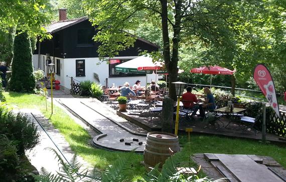 Café/Bistro mit Terrasse