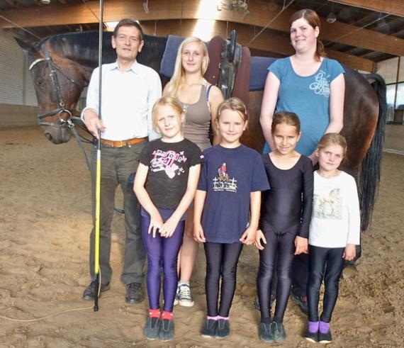 Sophie, Hanna, Tessa, Lea sowie den Ausbildern/Helfern Christian, Jacqueline und Jessica