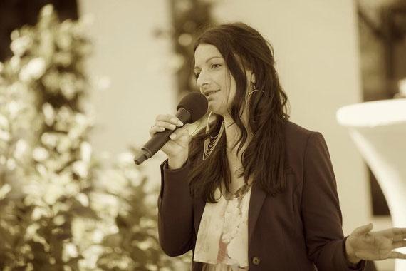 Yvonne Lukowski - freie Zeremonien