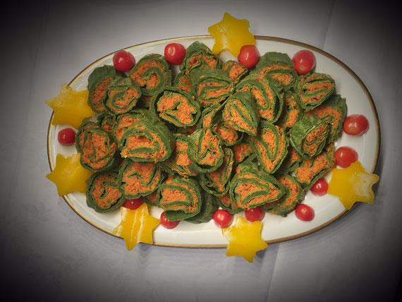 Spinatrollen vegan aus dem Thermomix mit einer Bohnen Möhren Tomaten Füllung