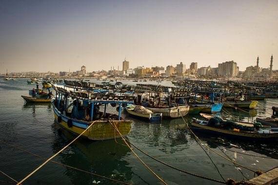 Le port de Gaza, autrefois source de beaucoup de revenus, désormais contraint par les limites de pêche imposées par les Israéliens © Thomas Cantaloube