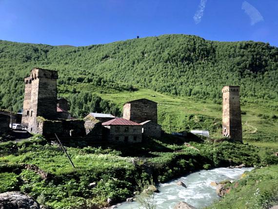 Les maisons-tours de Svanétie