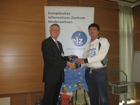 Reinhard Rawe (LSB Niedersachsen), Manfred Wille (CVJM Wolfsburg)
