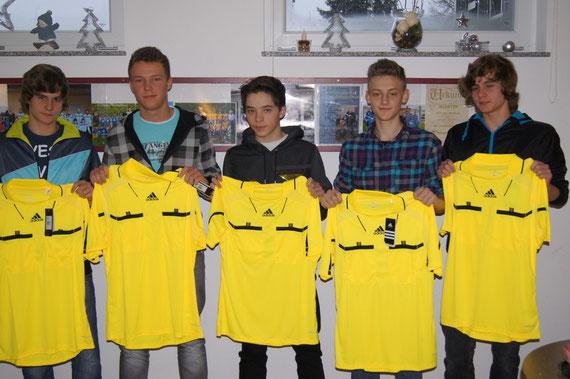 Die neuen SCO- Schiedsrichter: von links: Marcel Fischer, Lukas Kniel, Marc-Robyn Kritz, Jan Kovacs, Pascal Fischer